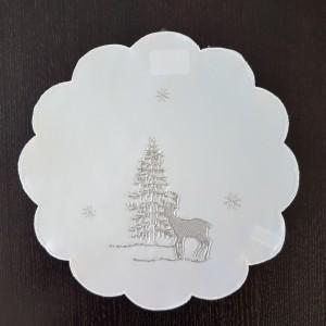 Bílé vánoční prostírání se stříbrnou výšivkou soba