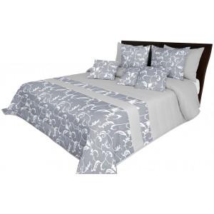 Jednoduchý přehoz na postel šedé barvy s elegantním motivem