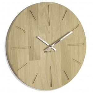 Moderní hodiny na stěnu z přírodního dubu