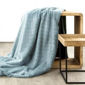 Elegantní deka v světle modré barvě