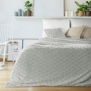 Luxusní přehoz do ložnice v šedé barvě