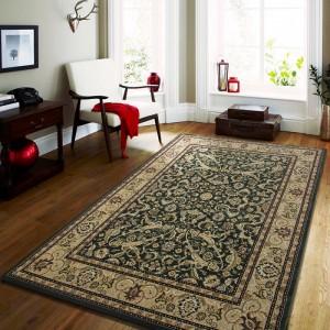 Kvalitní koberec v krémově zelené barvy
