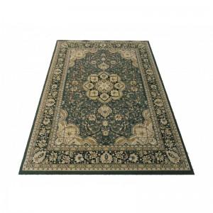 Luxusní koberec v zelené barvě