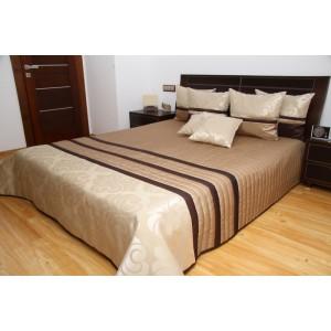 Elegantní přehoz na postel krémově hnědé barvy s ornamenty