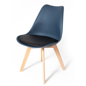 Tmavě modrá židle do kuchyně s měkkým podsedákem