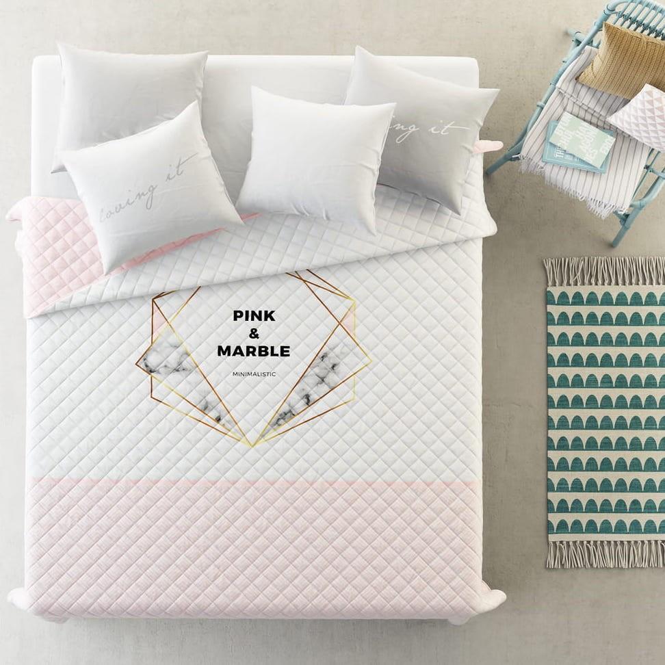 Kvalitní přehoz na postel v jemné růžové barvě 220 x 240 cm