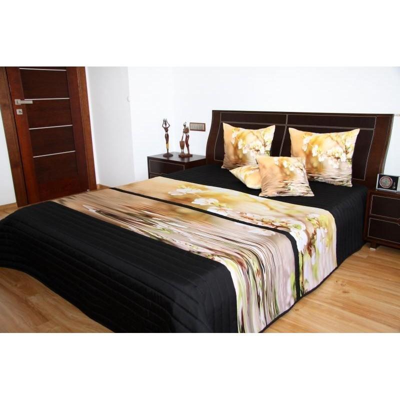 Přehoz na postel černo béžový s květinami