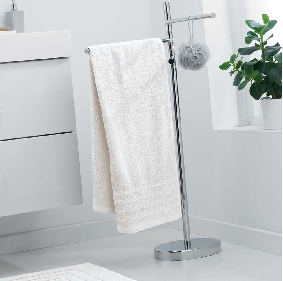 Bavlněná osuška krémové barvy 70 x 130 cm