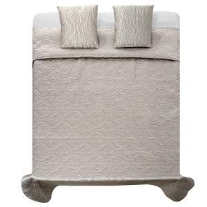Luxusní saténové přehozy na postel v stříbrno šedé barvě