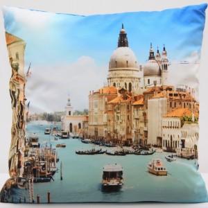 Moderní povlak na polštář s motivem Benátek