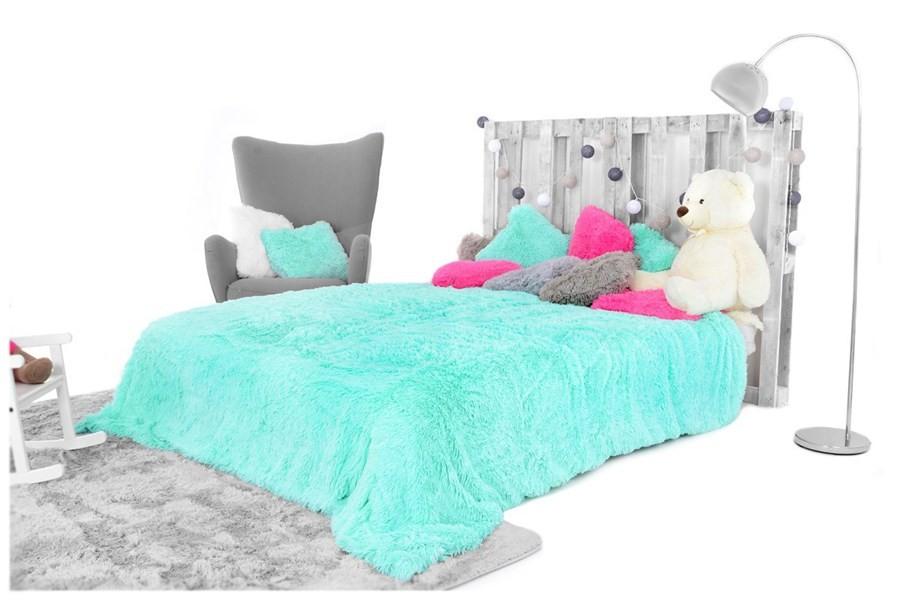 Luxusní chlupaté deky a přehozy mentolové barvy 150 x 200 cm