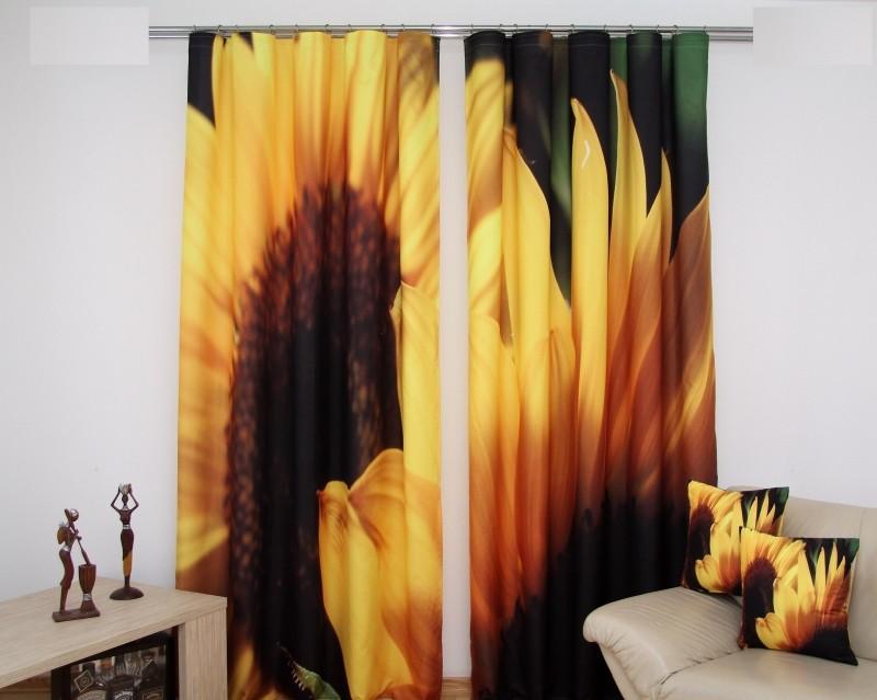 Dvoudílný závěs do obýváku se slunečnicemi