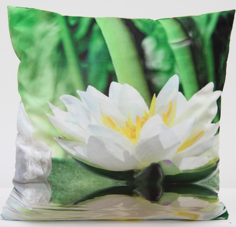 Exkluzivní povlak na polštář s motivem bílého květu