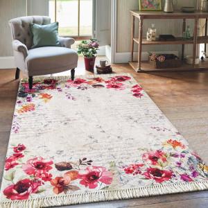 Krásný koberec do obýváku s výraznými květy