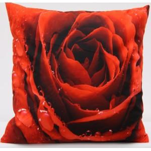 Kvalitní povlak na polštář s motivem červené růže
