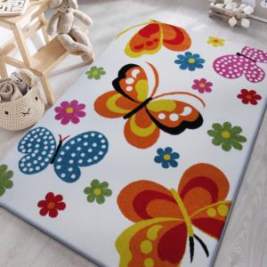 Krásný dětský koberec v krémové barvě