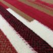 Červený koberec vhodný do každého pokoje