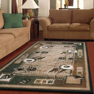 Zelený koberec s motivem květin