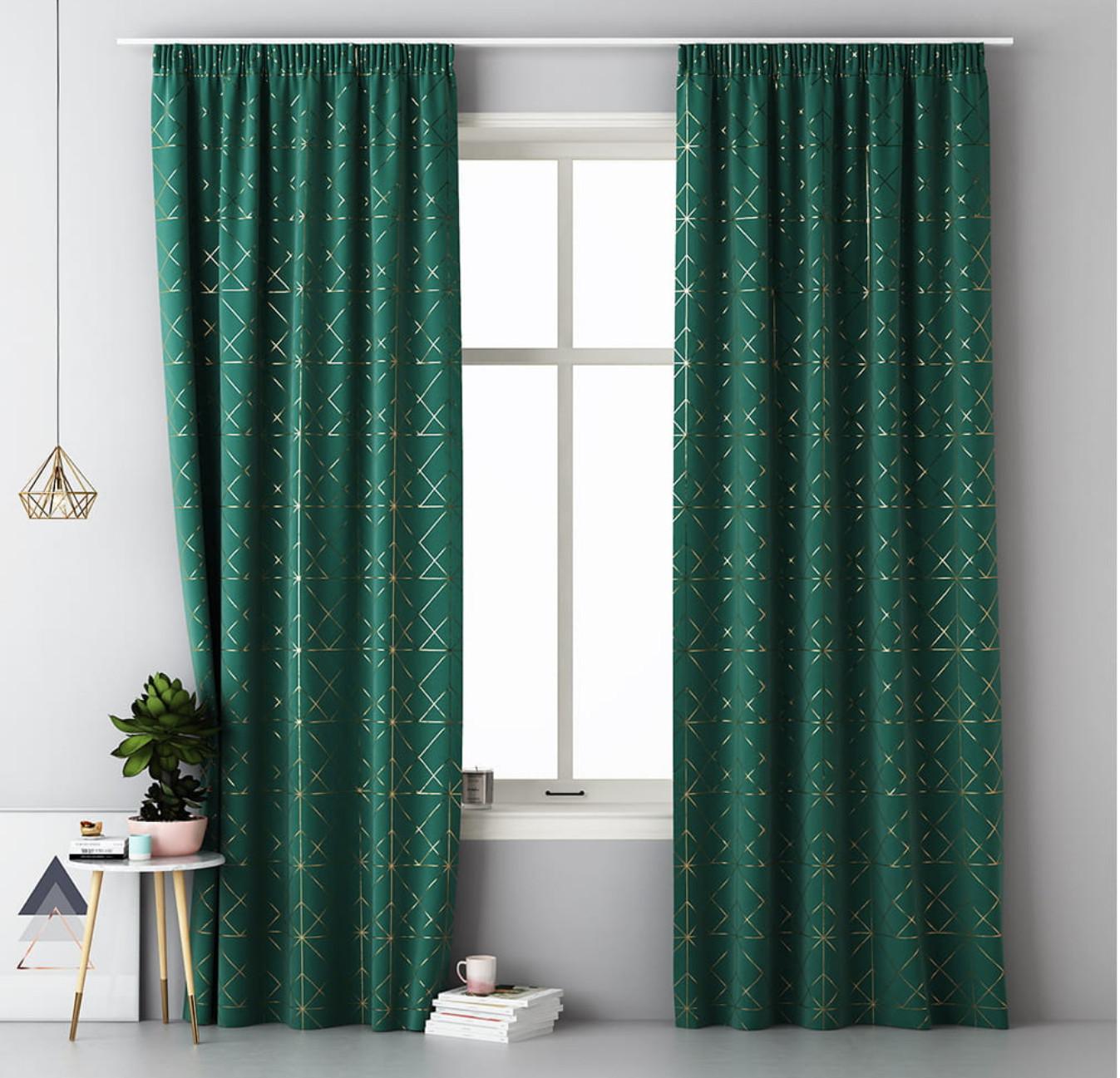 Smaragdově zelené škadinávske závěsy na řasící pásku 140 x 280 cm