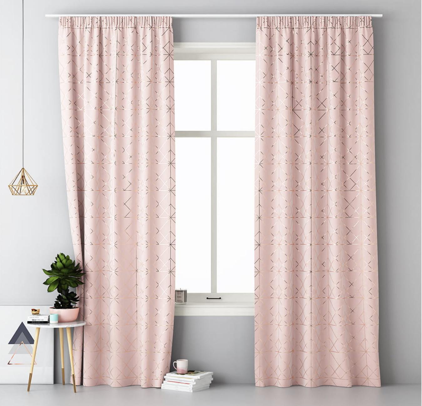 Skandinávský růžový závěs na kolíčky 140 x 280 cm