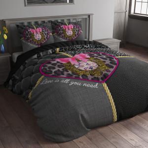 Luxusní černé povlečení na postel se srdíčkem 140 x 200 cm