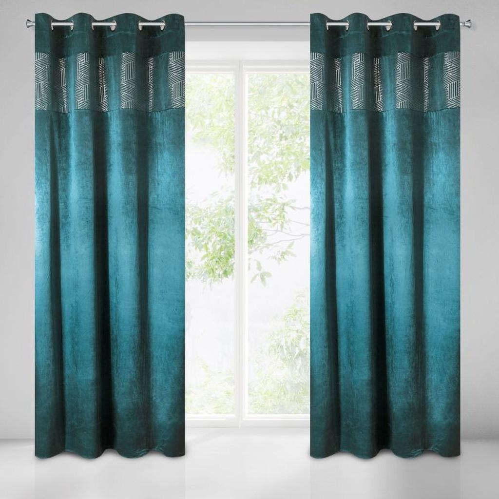 Stínicí závěs v petrolejové barvě na okno 140 x 250 cm