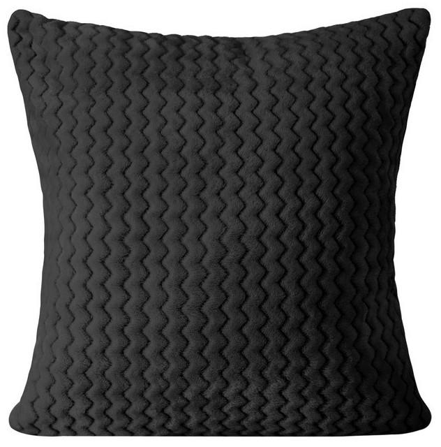Černý pohodlný povlak v geometrickém tvaru