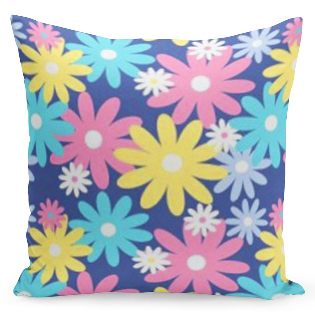 Silně fialový povlak s barevnými květy