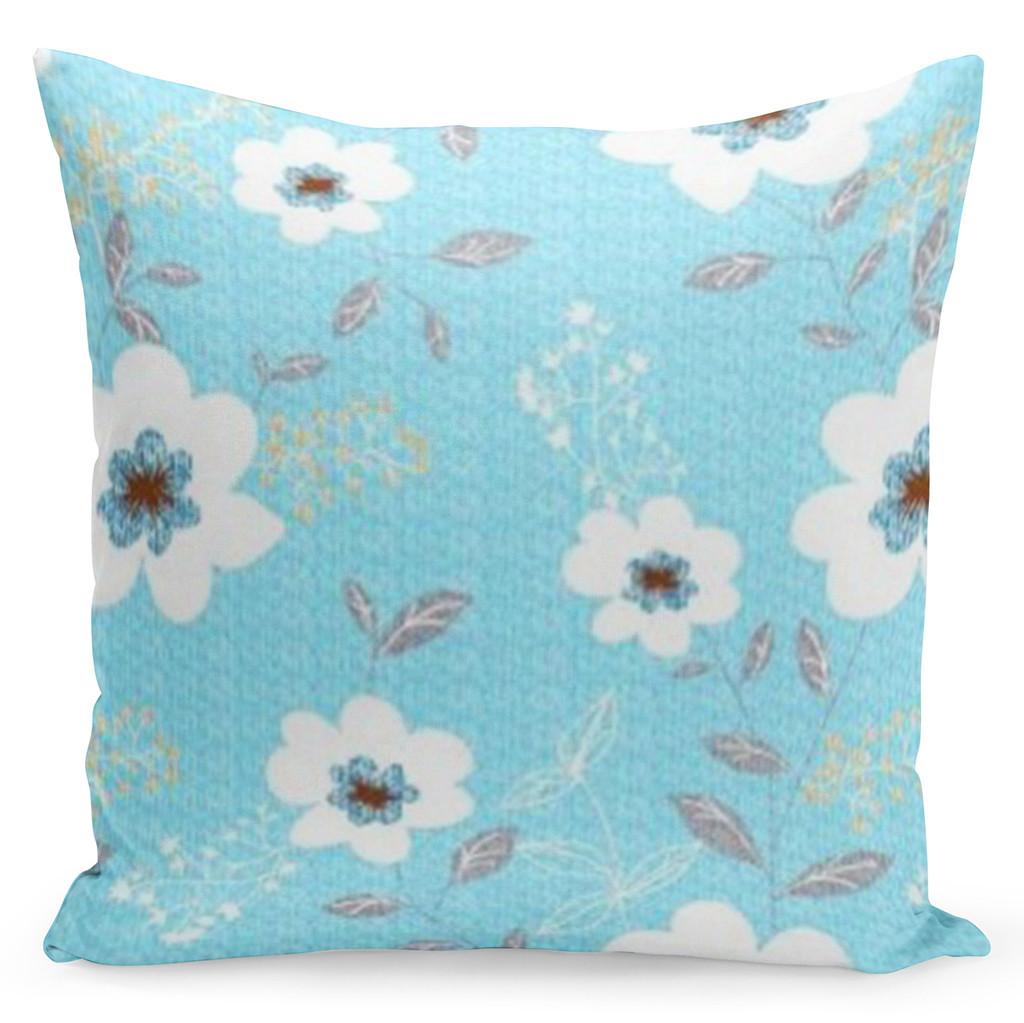Pohodlný tyrkysový povlak s krásnými jarními květinami