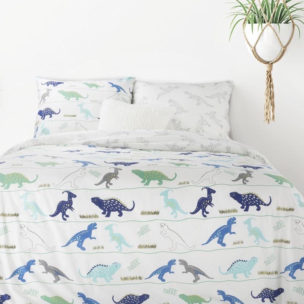Krásné bílé pohodlné bavlněné povlečení s dinosaurů potiskem pro děti