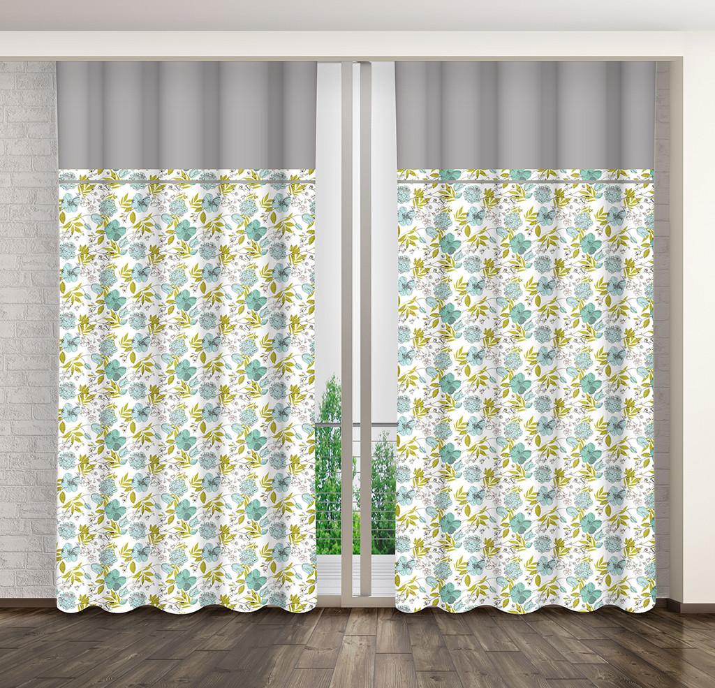 Luxusní závěs do ložnice s barevným květinovým motivem
