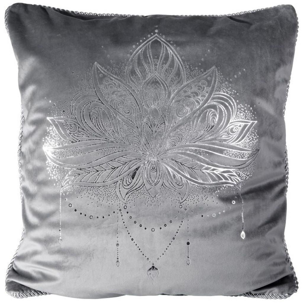 Tmavě šedý povlak na polštář se stříbrným potiskem