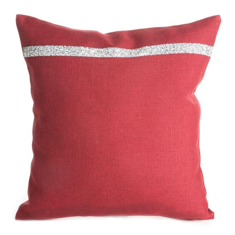 Luxusní červený povlak s proužkem na boku
