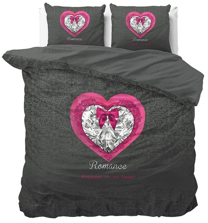 Dekorační ložní povlečení s nápisem ROMANCE FOREVER IN MY HEART 140 x 200 cm