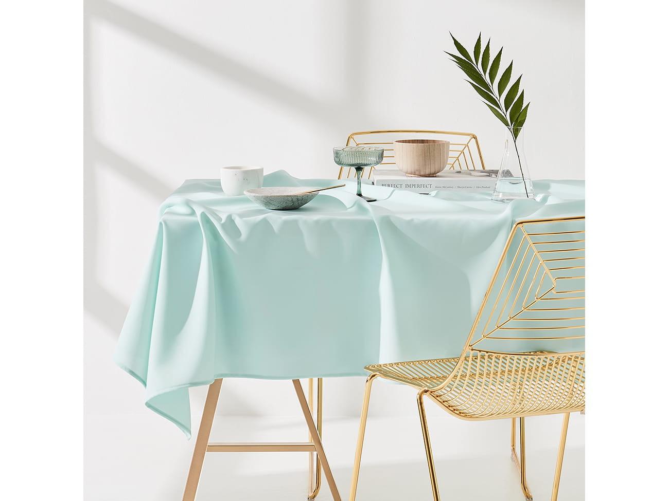 Ubrus na stůl tyrkysové barvě bez motivu 140 x 260 cm