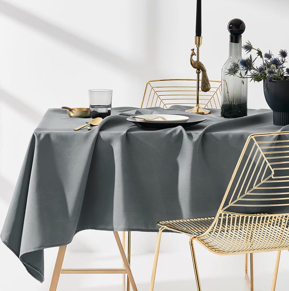 Ubrus na stůl v tmavo šedé barvě bez motivu 140 x 300 cm