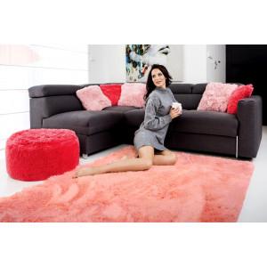 Plyšový koberec v broskvové barvy s protiskluzovou úpravou 120x170 cm