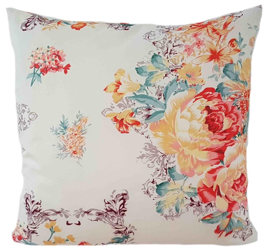 Krásná vintage povlak v krémové barvě s barevným květem
