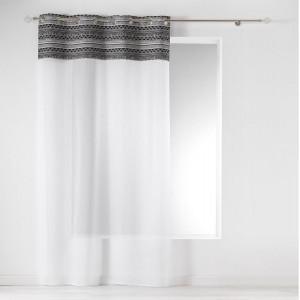Bílá záclona na kruhy v etno stylu 140 x 240 cm