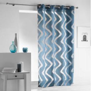 Stylová modrá vzorovaná záclona na kruhy 140 x 240 cm