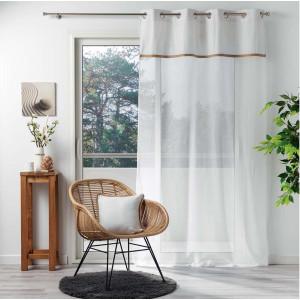 Módní bílá záclona na kruhy s hnědým pásem 140 x 240 cm