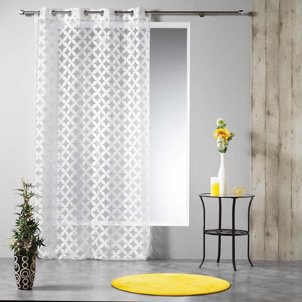Skandinávská bílá záclona na kruhy 140 x 240 cm