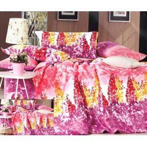 Růžový povlak na postel se vzorem květin