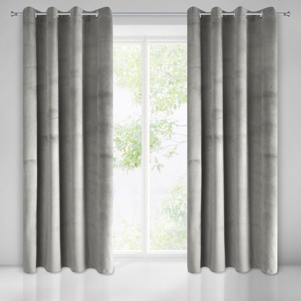 Krásné závěsy do pokoje v šedé barvě