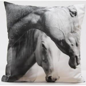 Luxusní povlak na polštář s motivem koně
