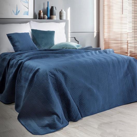 Oboustranný prošívaný přehoz na postel v tmavě modré barvě