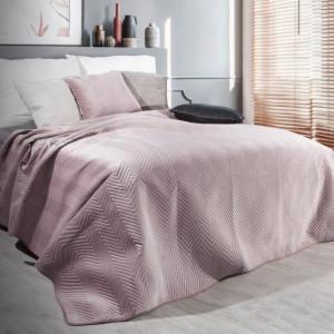 Dekorační oboustranný přehoz na postel pudrově růžové barvy