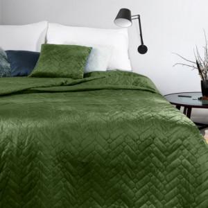 Zelený oboustranný přehoz na postel s jemným prošíváním