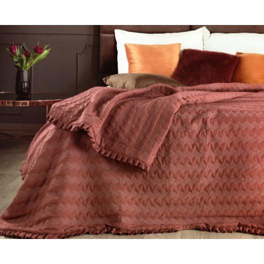 Dekorační oboustranný přehoz na postel vínové barvy