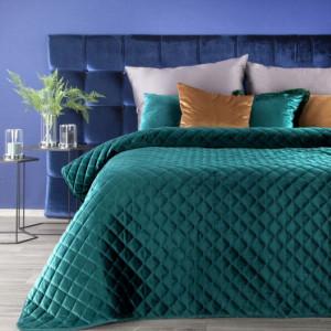 Dekorační tyrkysový přehoz na postel s módním prošíváním